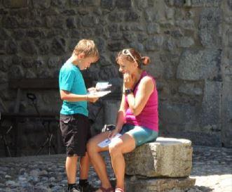 Abondance abbaye jouer en famille avec les Guides du Patrimoine Savoie Mont Blanc